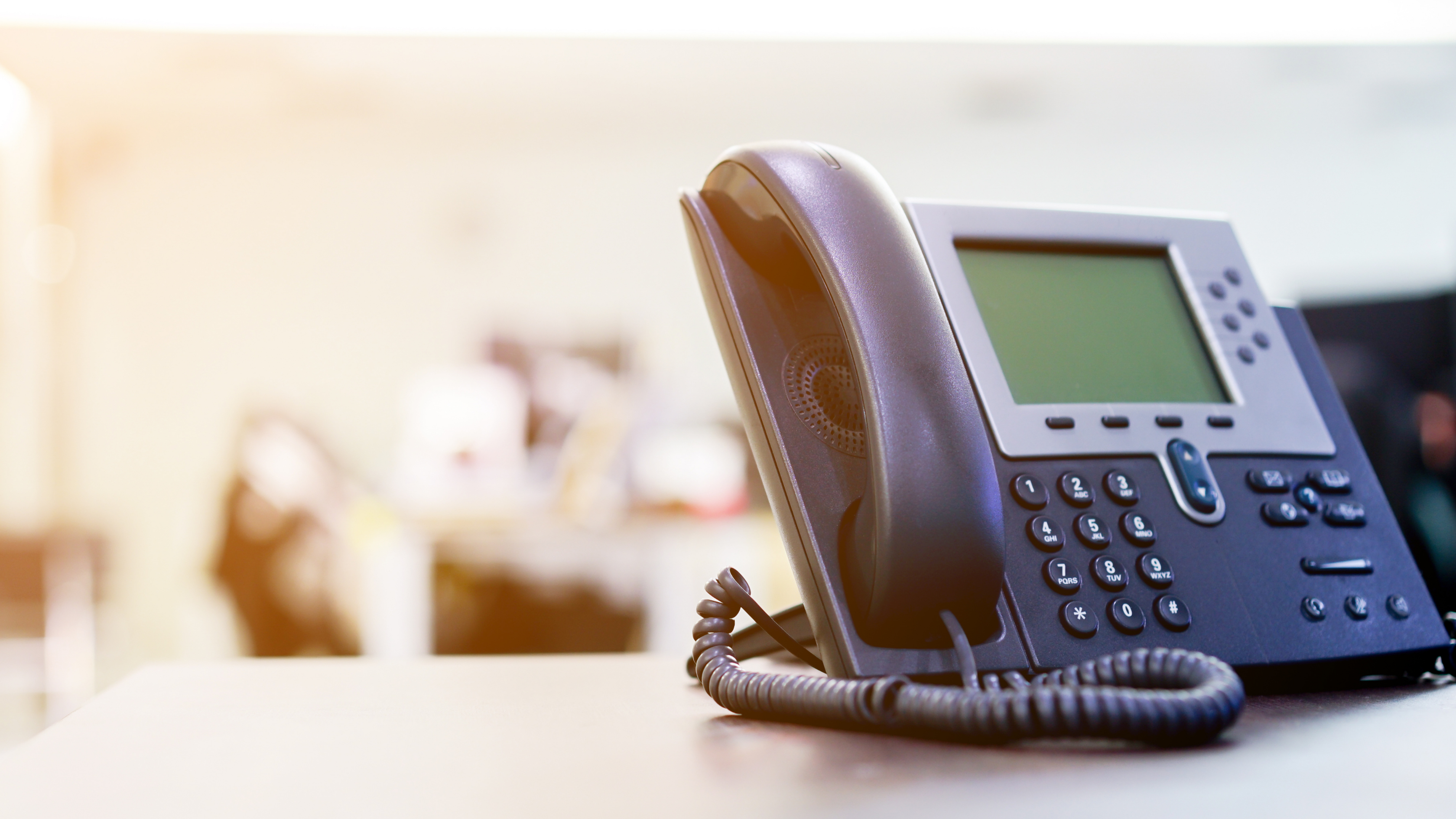 5 Ways Telephone Answering Services Improve Your Business' Reputation